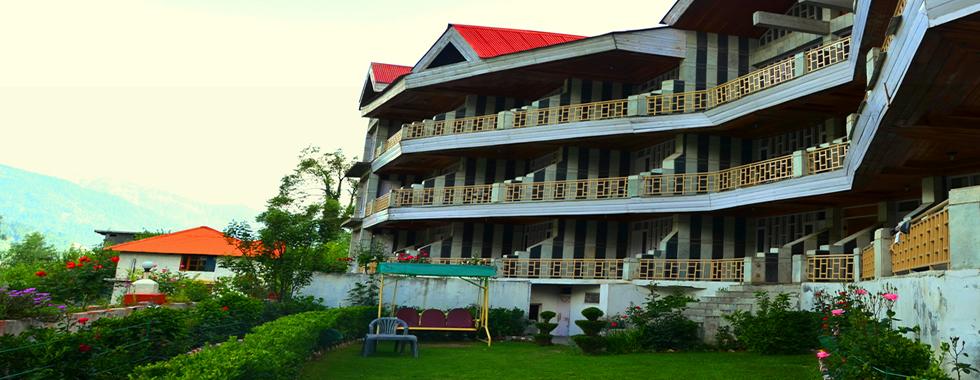 Hotel Glacier... Front view