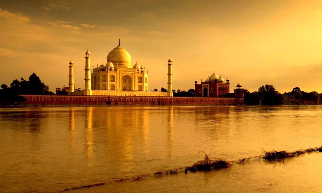 Taj Mahal , Agar