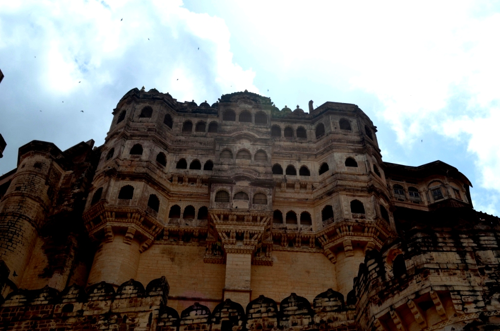 First glimpse of Mehrangarh Fort