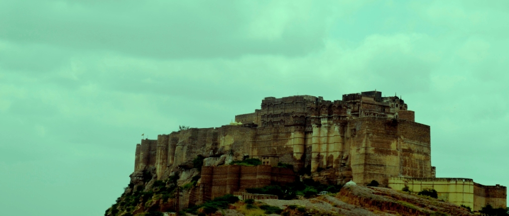 Mehrangarh fort view from the Car