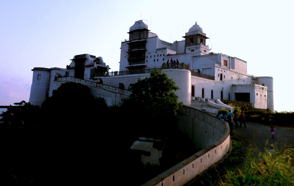 Majestic Sajjan Garh Fort , Monsoon Palace , Udaipur